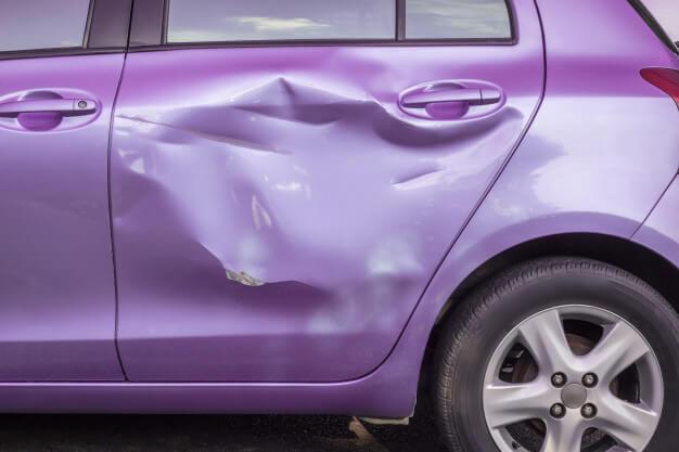 איך עלי לפעול לאחר תאונת דרכים בה נגרם נזק לרכוש בלבד?